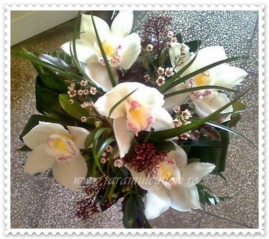 Aranjament de masa din orhidee cymbidium 150